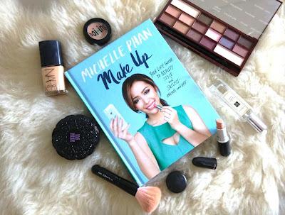 Michelle Phan adalah seorang demonstrator make-up Amerika Serikat