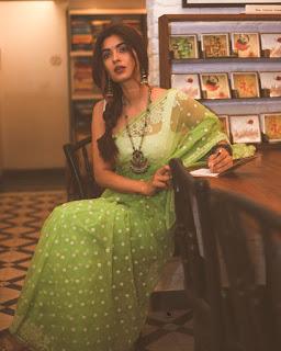 Karishma Sharma Photo
