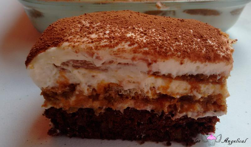 Delicioso tiramisú con brownie casero