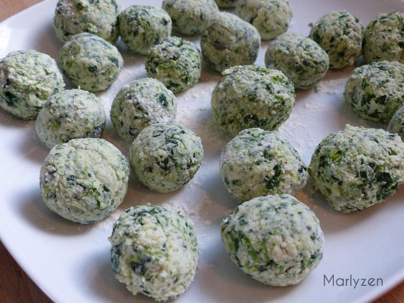 Formez des boulettes.