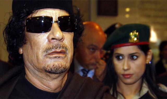 الحارسة الشخصية لمعمر القذافي تكشف لماذا كان يفضل النساء العازبات لحراستة