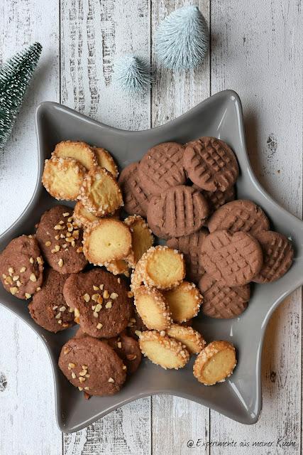 Schnelle Schokoplätzchen | Rezept | Backen | Weihnachten | Puddingplätzchen | Schoko-Haselnussplätzchen | Advent | Weihnachtsbäckerei