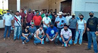 Sindicato entrega brinde aos servidores em comemoração ao Dia do Servidor Público