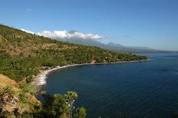 Mencoba Menyelam Bebas di Pesisir Amed, Bali