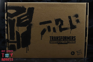 Transformers Generations Selects G2 Megatron Box 01