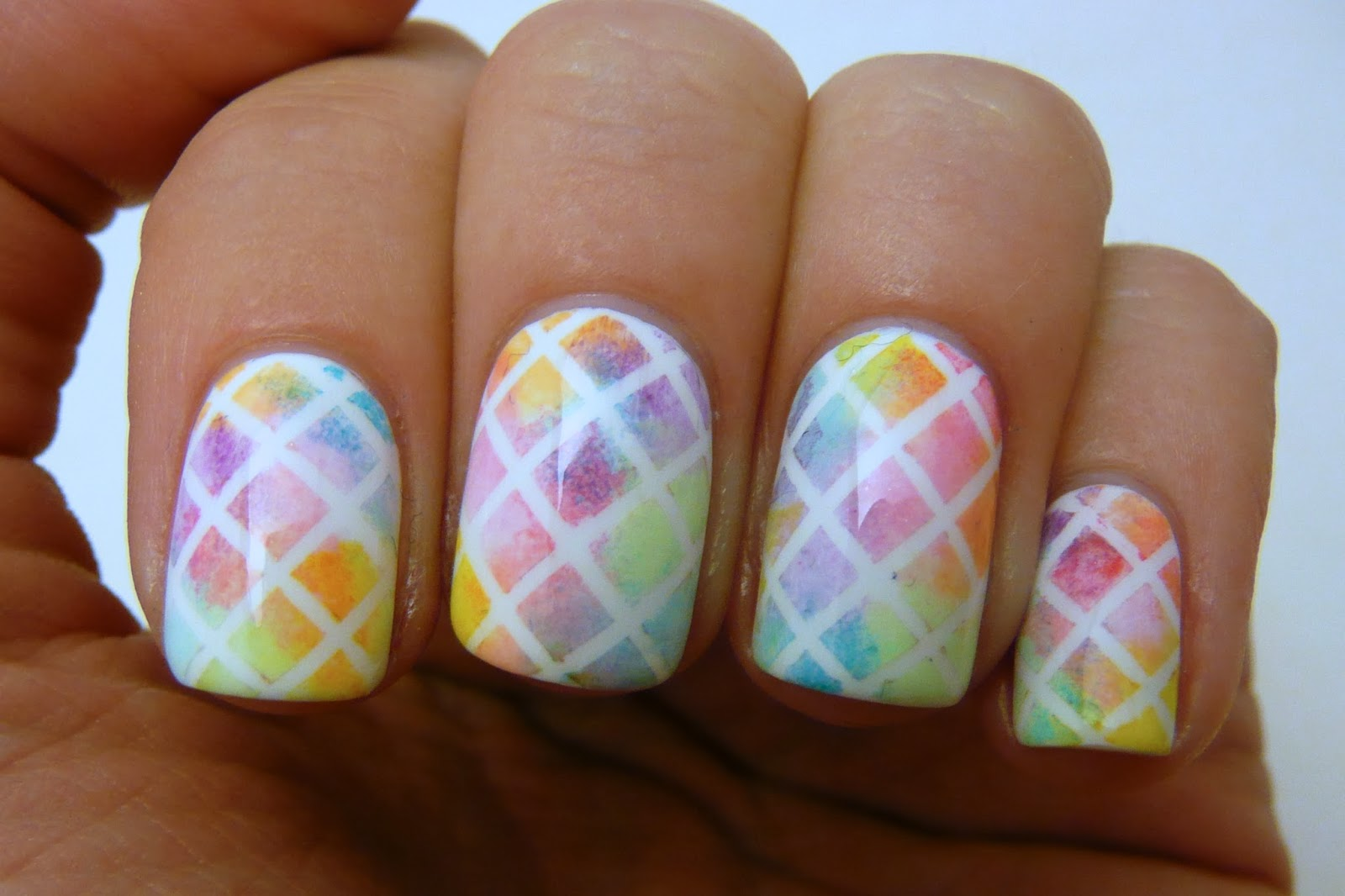 Casa de Polish: Geometric Watercolor Nails