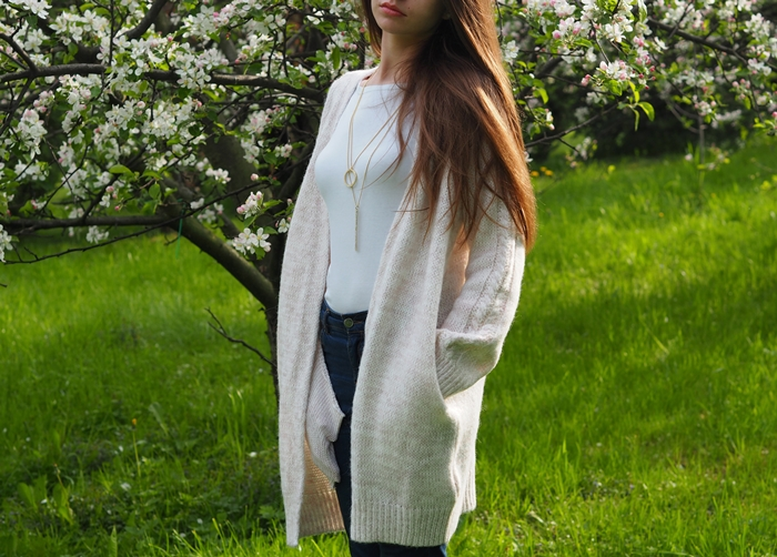 stylizacja z długim swetrem