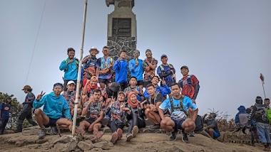 Sensasi RUN di Ketinggian 3257mdpl Gunung Lawu (Mount Lawu)