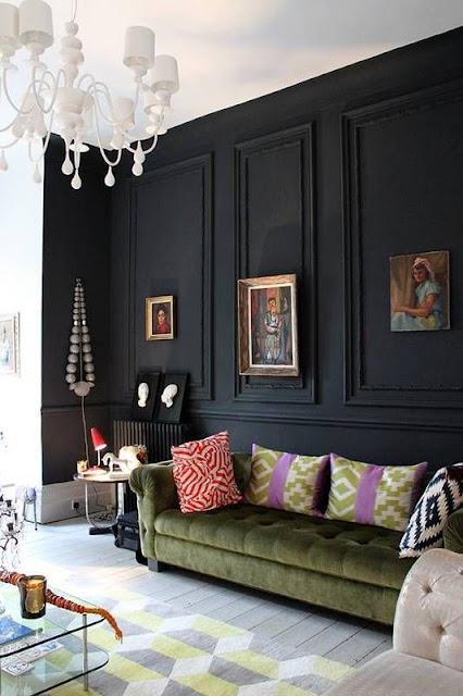 Siyah duvar çıtaları