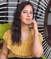 आकांक्षा जुनेजा की बहन   akanksha juneja sister