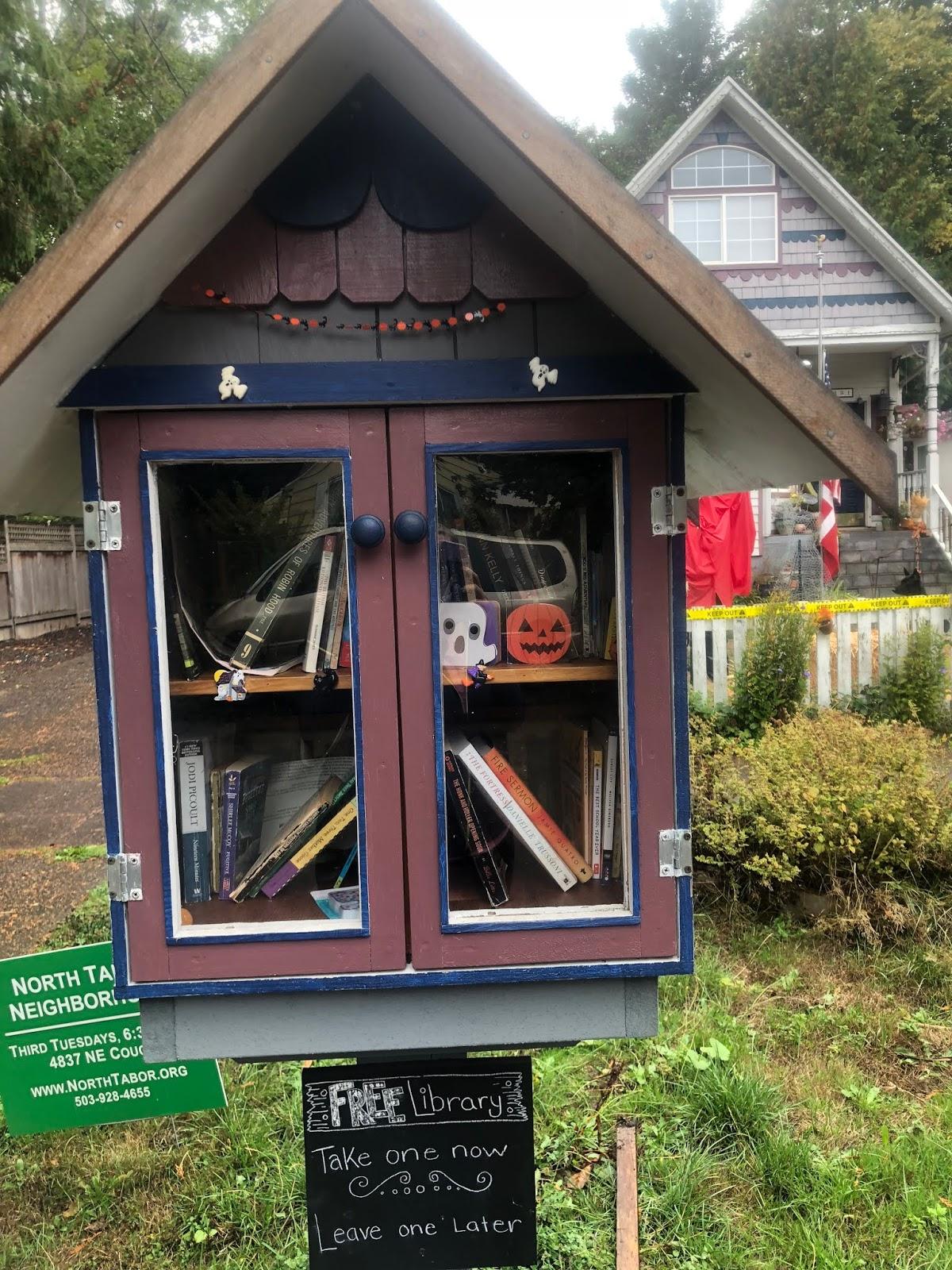 Kim Kasch Blogsite - A Writer's Blog: Haunted Little Lending