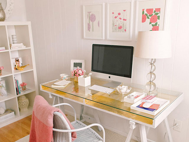 home-office-rosa-abrirjanela