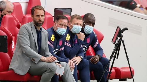 Jelang Piala Eropa 2020: Southgate Kritik Perilaku Tak Terpuji Suporter Timnas Inggris