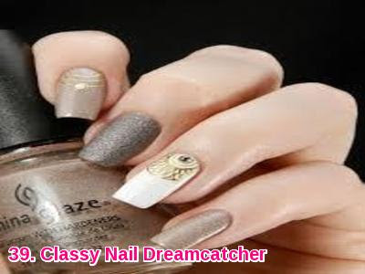 Classy Nail Dreamcatcher