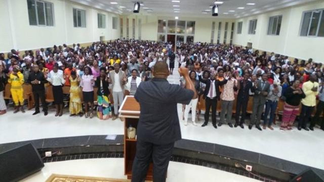 Igreja Universal do Reino de Deus iniciou suas operações em Angola em 1992