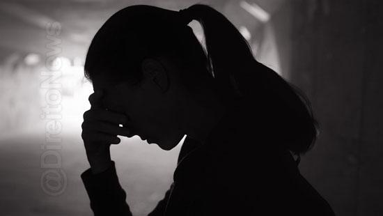 jovem preso estuprar advogada boate direito