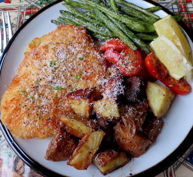 Sheetpan Crispy Chicken & Potatoes