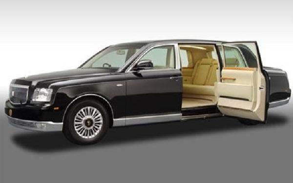 Daftar 8 Mobil Limousine Termewah 2021