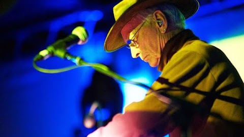 Synth pioneer Simeon Coxe of Silver Apples dies age 82.