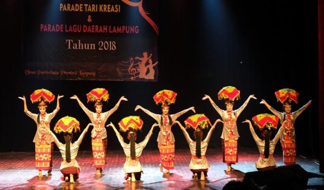 Tari Kreasi 'Lom Pahakh'  Wakili Lampung ke Nasional