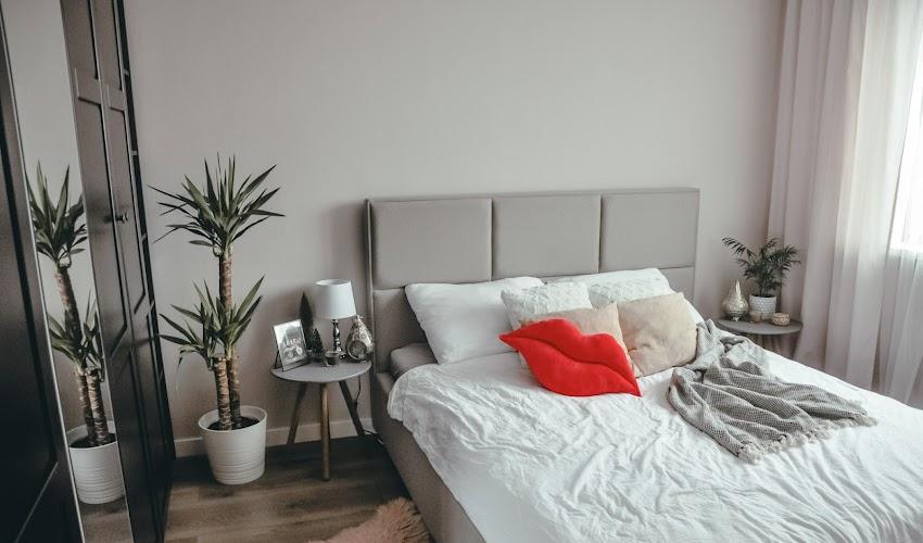 Nasza sypialnia w stylu hotelowym - jak taką urządzić? Opowiadam o remoncie.