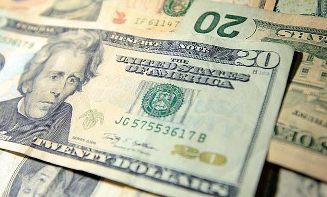 El dólar en Perú