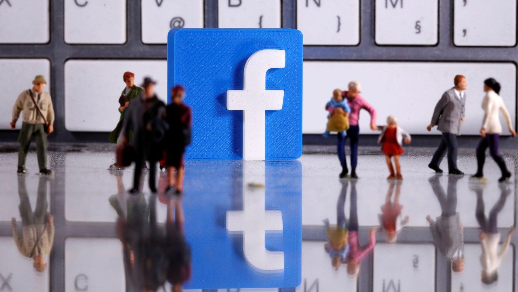 Coronavirus e disinformazione, Facebook ha rimosso 1,3 miliardi di account falsi