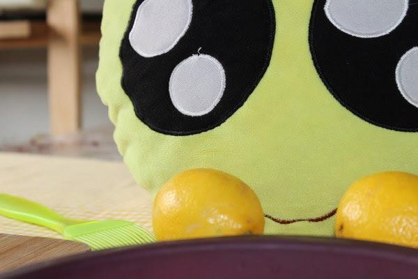 Mini-Fu con sus limones para hacer una tarta
