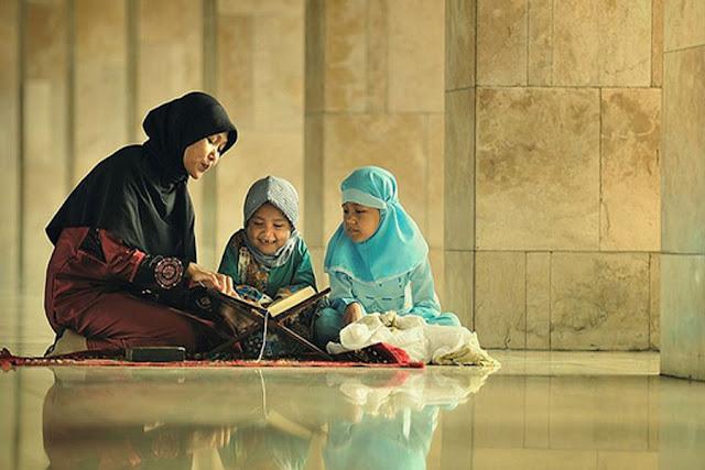 11 Kebiasaan Shalafus Sholih Dalam Mendidik Anak, yuk Kita Teladani