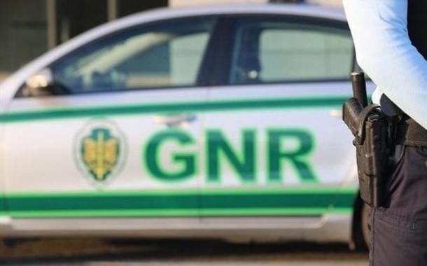 GNR detém em flagrante agressor de ex-mulher em Alcabideche