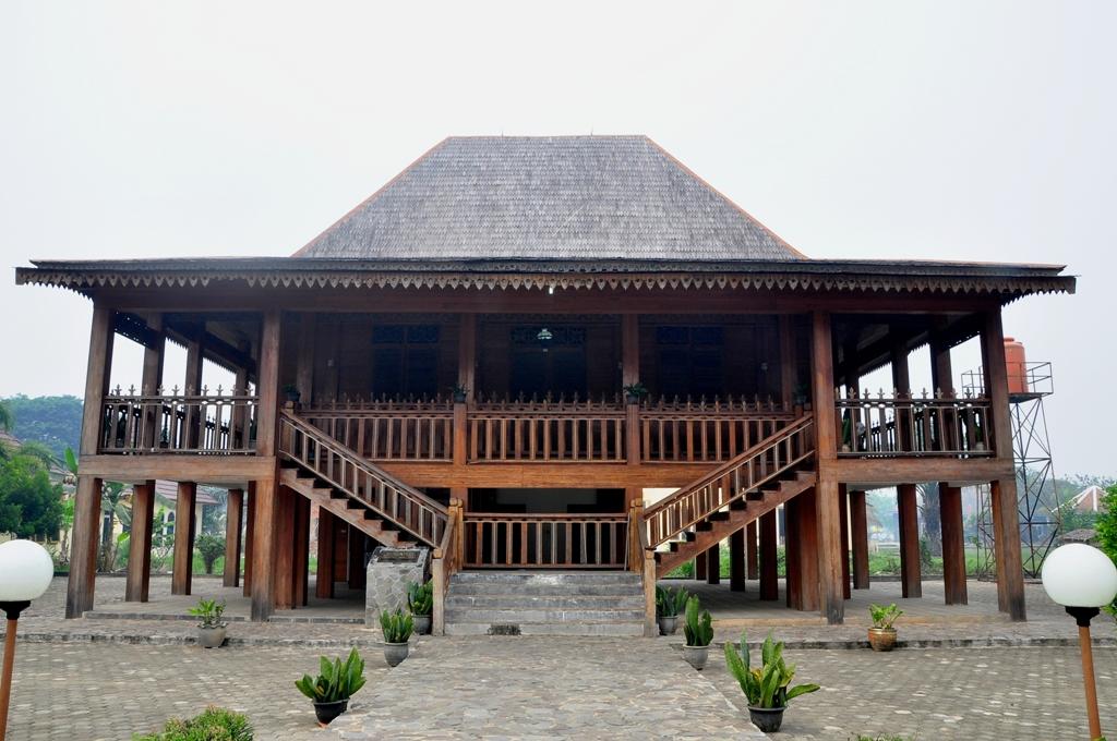 Gambar Gambar Rumah Adat Provinsi Indonesia - House Q