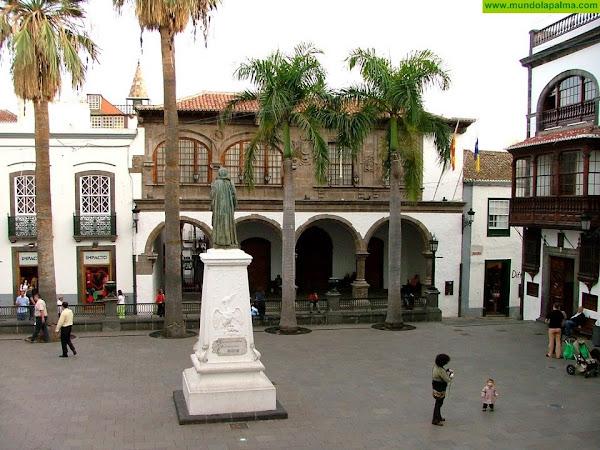 El Ayuntamiento de Santa Cruz de La Palma y el Cabildo incumplen su promesa de dar un espacio de trabajo a la asociación que engalana las cruces y los mayos