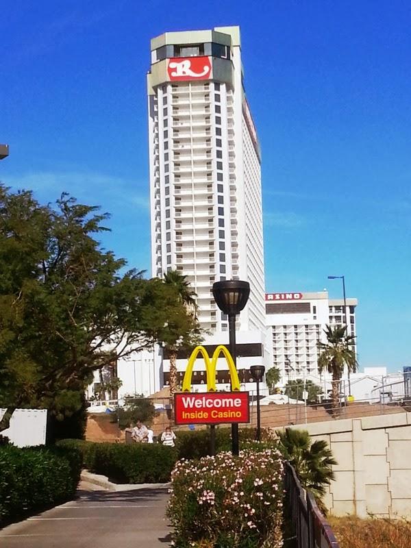 Aquarius Hotel And Casino In Laughlin Nevada Laughlin Buzz