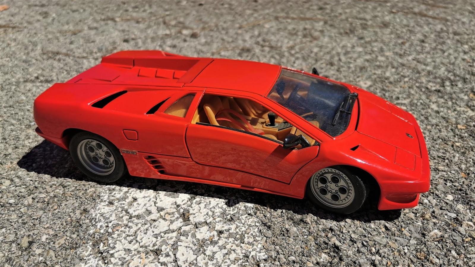 Die cast 1/18 Lamborghini Diablo (1990)