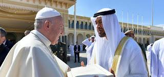 البابا فرنسيس ومحمد بن زايد يؤكدان أهمية التضامن الإنساني في مواجهة كورونا