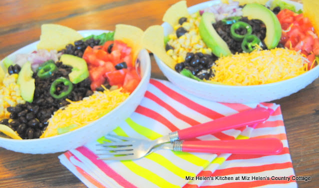 Taco Tuesday Salad at Miz Helen's Country Cottage