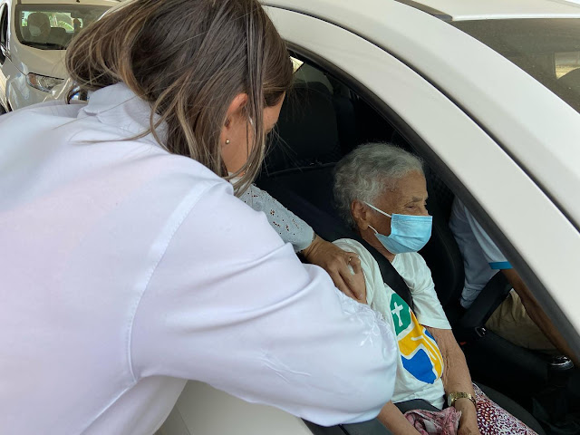 Covid-19: Prefeitura de Seabra inicia aplicação da 3ª dose em idosos com 80 anos ou mais