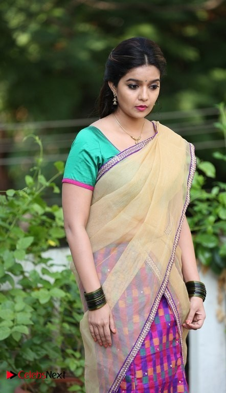 South indian actress swathi naidu in undergarment - 2 part 8