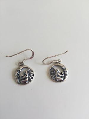 Boucles d'oreilles en argent en forme de Fée sur une Lune