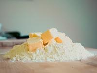 Lebih Baik Mana Mentega atau Margarin? Simak Dulu Penjelasannya Berikut!