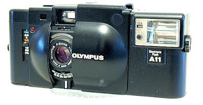 Olympus XA, front side