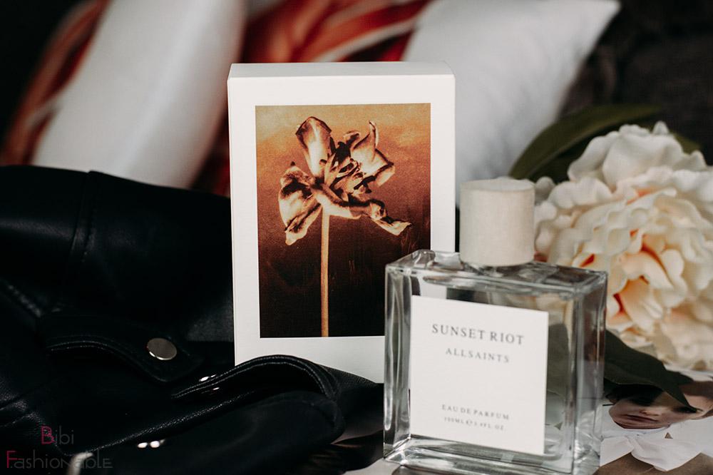 AllSaints-Sunset-Riot-florales-Bild-Umverpackung