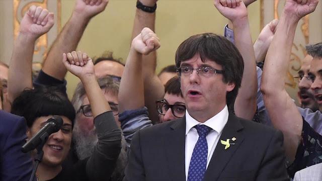 Puigdemont pide una lista unitaria para comicios en Cataluña