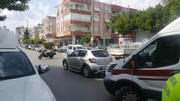 Kıbrıs ilkokulu önü trafik kazası