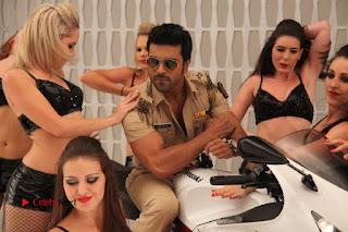 Ram Charan Teja Priyanka Chopra Super Police Tamil Movie Gallery  0019.jpg