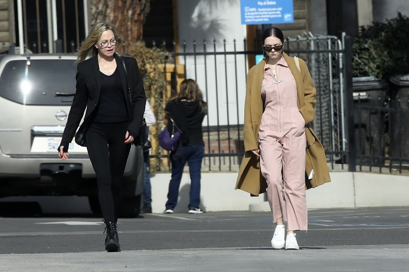 Stella Banderas, Melanie Griffith Out for Lunch in West Hollywood 20 Dec-2019