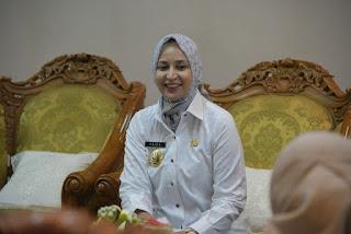 Bupati Faida Jadi Penjamin, Mahasiswi UNMUH Bisa Lanjut Kuliah