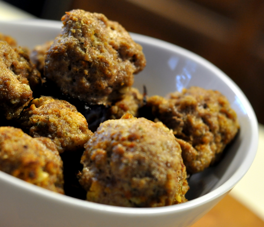 Basic Baked Meatballs - Photo by Taste As You Go
