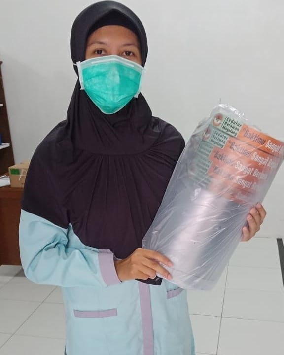 Relawan Darurat Covid-19 Distribusikan Face Shield #2