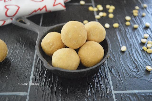 Gram Flour Ladoo | Roasted channa dal Ladoo | Maa Ladoo